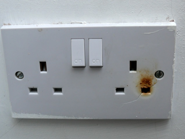 Heat damaged socket